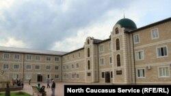 Медресе в Новосаситли