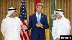 ОАЭ. Госсеекретарь Керри и главы МИД Саудовской Аравии и Эмиратов
