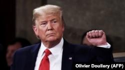 Дональд Трамп залишається на посаді президента США