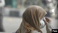 مقام های بهداشتی در استان های غربی ایران از مردم خواسته اند بدون ماسک از خانه خارج نشوند.
