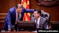 Kryeministri Zoran Zaev në një mbledhje të kabinetit të tij qeverisës.