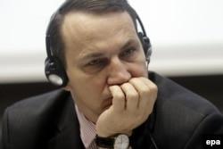 Ministrul de externe polonez Radoslaw Sikorski