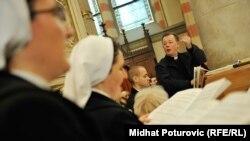 Katolička crkva u Hrvata je iz budžeta dobila oko 48,1 milion dolara, dok su ostale religijske zajednice dobile oko 3,31 milion dolara (ilustrativna fotografija)