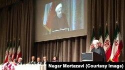 سخنرانی حسن روحانی برای ایرانیان خارج از کشور در نیویورک؛ عکس نگار مرتضوی