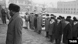 Декабрь 1985 года. Роберт Мугабе посещает Москву