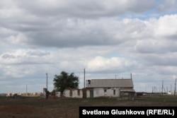 Село в Костанайской области. Июнь 2015 года.