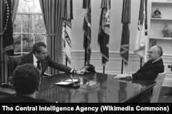 Ричард Никсон и Анатолий Добрынин в Овальном кабинете Белого Дома. Октябрь 1973 года