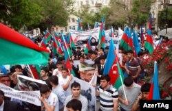 İran səfirliyi qarşısında etiraz aksiyası, 11 may 2012
