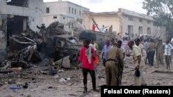 На месте взрыва в Могадишо, 28 октября 2017
