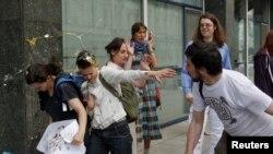 Нападение на гей-активистов в Москве
