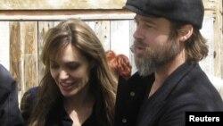 Angelina Jolie i Brad Pitt u BiH i Crnoj Gori