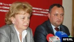 2009. Igor Dodon și Zinaida Greceanîi pe când apărau cauza comunistă