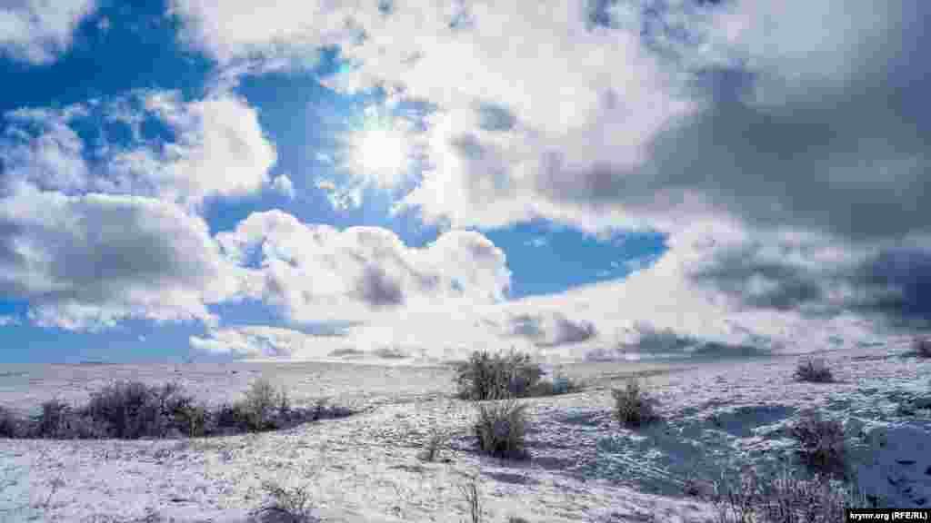 Сонячний полудень над Субаткан-яйлою