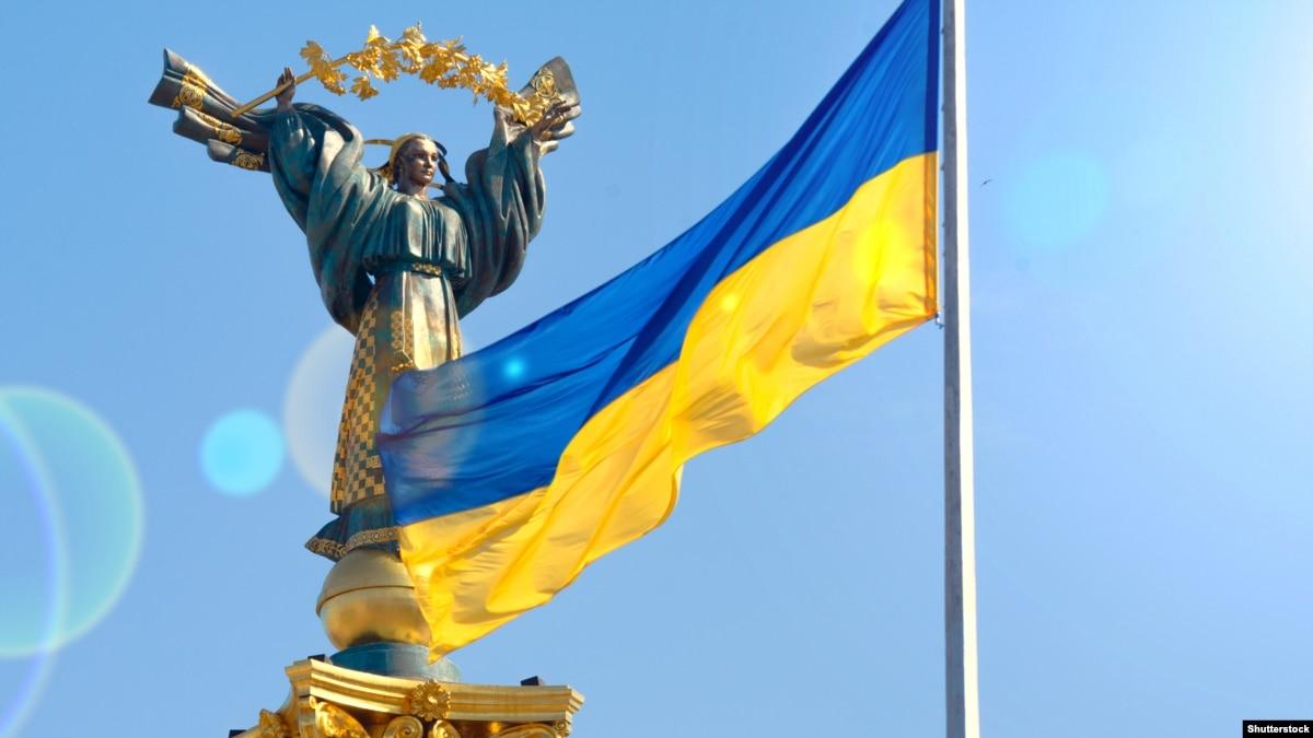 Количество волонтеров в Украине за прошлый год увеличилось – опрос