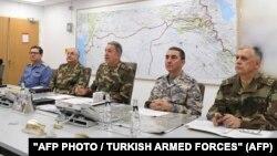 Генералштабот на турската армија разговара за операцијата против сириските Курди во Африн