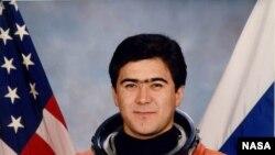 Салижан Шарипов.
