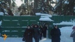Панихида в память жертв террора в Левашово