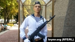 У Севастополі відновив службу почесна варта на «Посту №1»