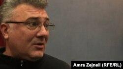 Lik Slobodana Miloševića tumačio je Dejan Cicmilović