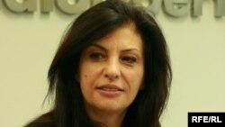 Jozefina Topalli gjatë vizitësnë Radion Evropa e Lirë në Pragë, në tetor të vitit të kaluar
