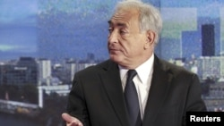 Через секс-скандали Стросс-Кан втратив можливість брати участь у виборах президента