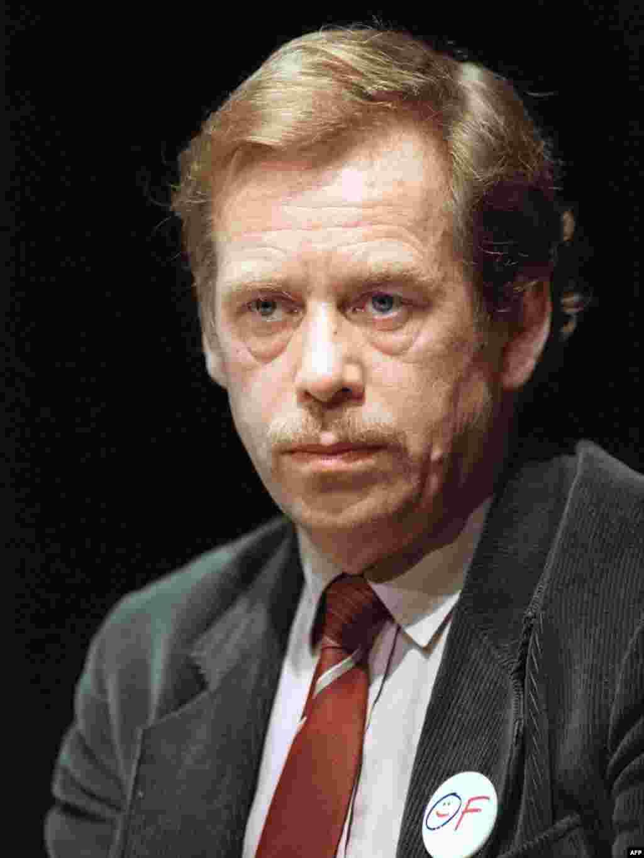 Vaclav Havel, disident, dramaturg i jedan od lidera Građanskog foruma i Povelje 77