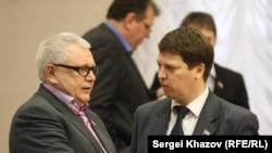 Константин Титов (слева) в Совете Федерации