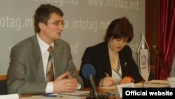La o conferință de presă a avocatului parlamentar