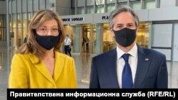 Екатерина Захариева заедно с държавния секретар на САЩ Антъни Блинкен