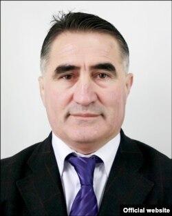 Эшон Сироҷев
