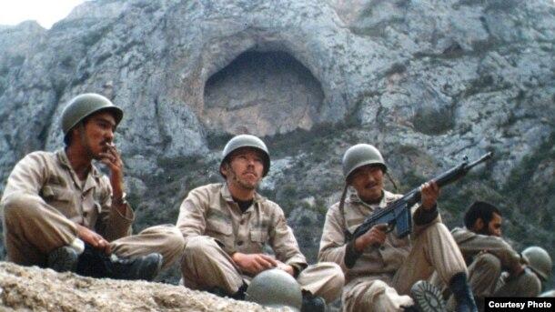 Казахи-участники ирано-иракской войны. Фото из семейного альбома.