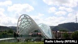 Мост в Тбилиси