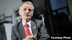 Лидер крымскотатарского движения Мустафа Джемилев