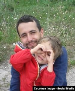 Артем Чех с сыном, муж Ирины Цылик
