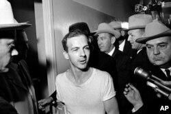 Ли Харви Освальд. 23 ноября 1963 года