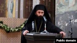 Пресс-конференция архимандрита Дорофея началась с того, что представители СМА принесли извинения всем верующим в Абхазии за то, что на протяжении стольких лет они вынуждены быть свидетелями церковной распри