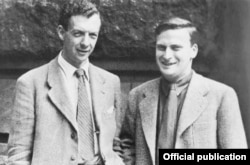 Cu Benjamin Britten în 1945 (Foto: The Menuhin Century/Warner)