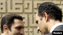 Сыновья Хосни Мубарака Алаа и Гамаль