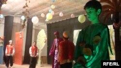 بمناسبة يوم السيادة أقام المركز الثقافي الإقليمي للطفل في السماوة حفلاً فنياً