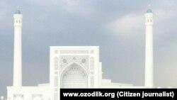 Центральная мечеть Минор в Ташкенте.