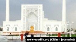 Соборная мечеть «Минор» в Ташкенте.