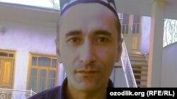 Один из освобожденных узников совести Кудрат Расулов был приговорен к тюрьме за скачивание книги из Интернета.