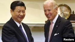Nënpresidenti amerikan Xho Bajden takon homologun kinez, Shi Jinping, Uashington, 14 shkurt 2012