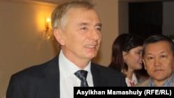Игорь Рогов Конституциялық кеңес төрағасы болып тұрған кезінде
