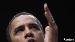 Președintele Barack Obama vorbind despre legea reformei sănătății la George Mason University, în Virginia