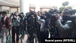 آرشیف، شماری از خبرنگاران در ولسی جرگه