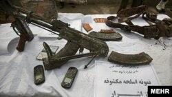 بخشی از یافتههای پلیس ایران پس از درگیری در خرامه استان فارس