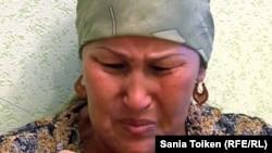 Баксулу Отарбаева, мать погибшего в ходе спецоперации Еламана Отарбаева. Кульсары, 14 сентября 2012 года.