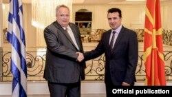 Средба на премиерот на Македонија Зоран Заев работи со министерот за надворешни работи на Република Грција, Никос Коѕијас на 31 август 2017