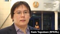 Гражданский активист Жанболат Мамай. Алматы, 23 сентября 2013 года.